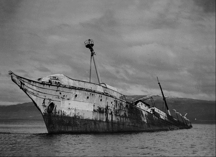 Pecio del Sarmiento en Remolino. Tierra del Fuego