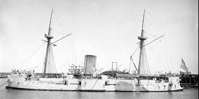 """Acorazado """"Almirante Brown"""" utilizado bajo el comando de J. P. Sáenz Valiente para el relevamiento del Canal de Beagle"""
